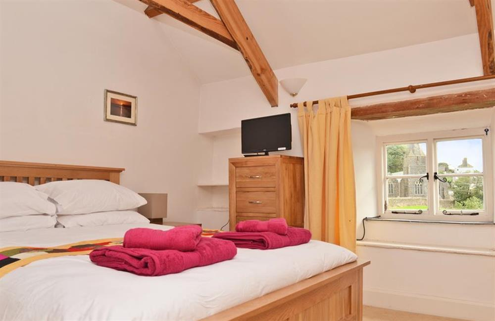 The second floor double bedroom with king size bed at Rill House, Slapton