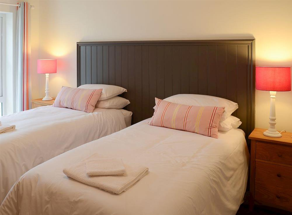 Charming double/twin bedded room at The Fish House,