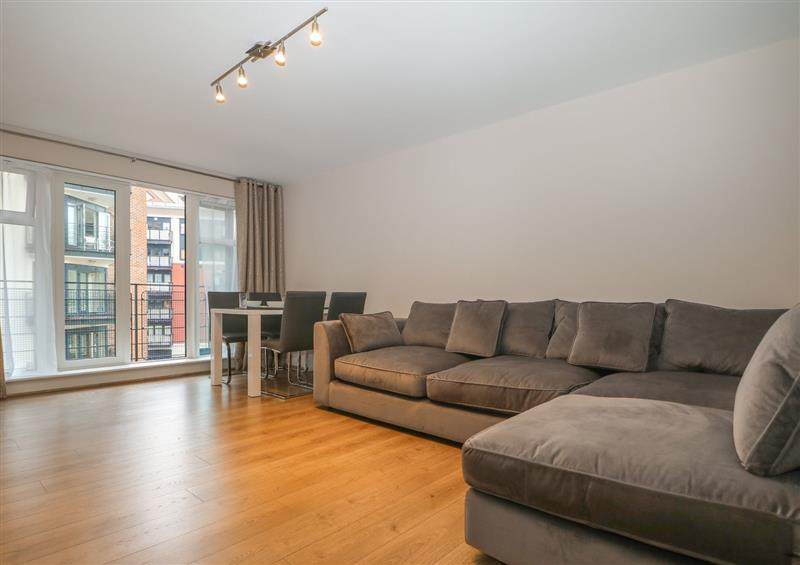 The living area at River View - Kingston, Kingston Upon Thames