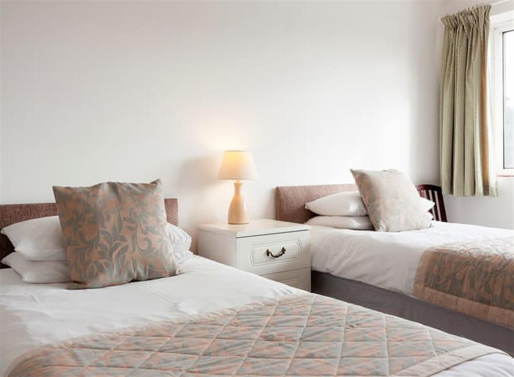 Comfortable twin bedded room at Rivers Reach in Dartmouth, Devon