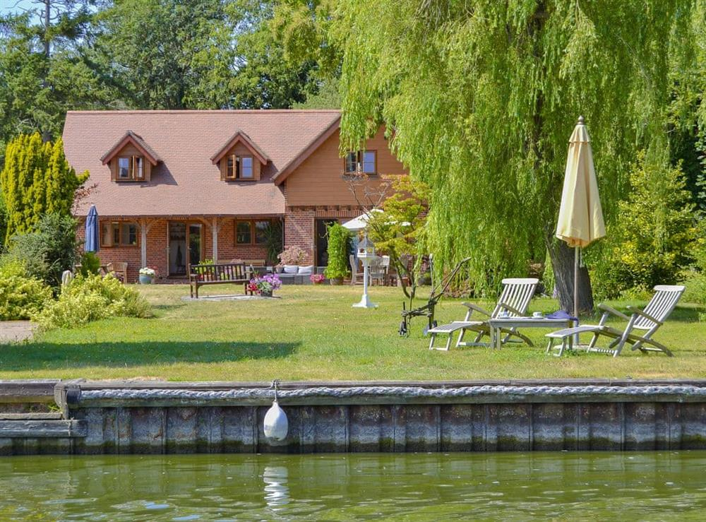 Prestigious detached, riverside holiday property at Riversdale Cottage in Irstead, near Wroxham, Norfolk