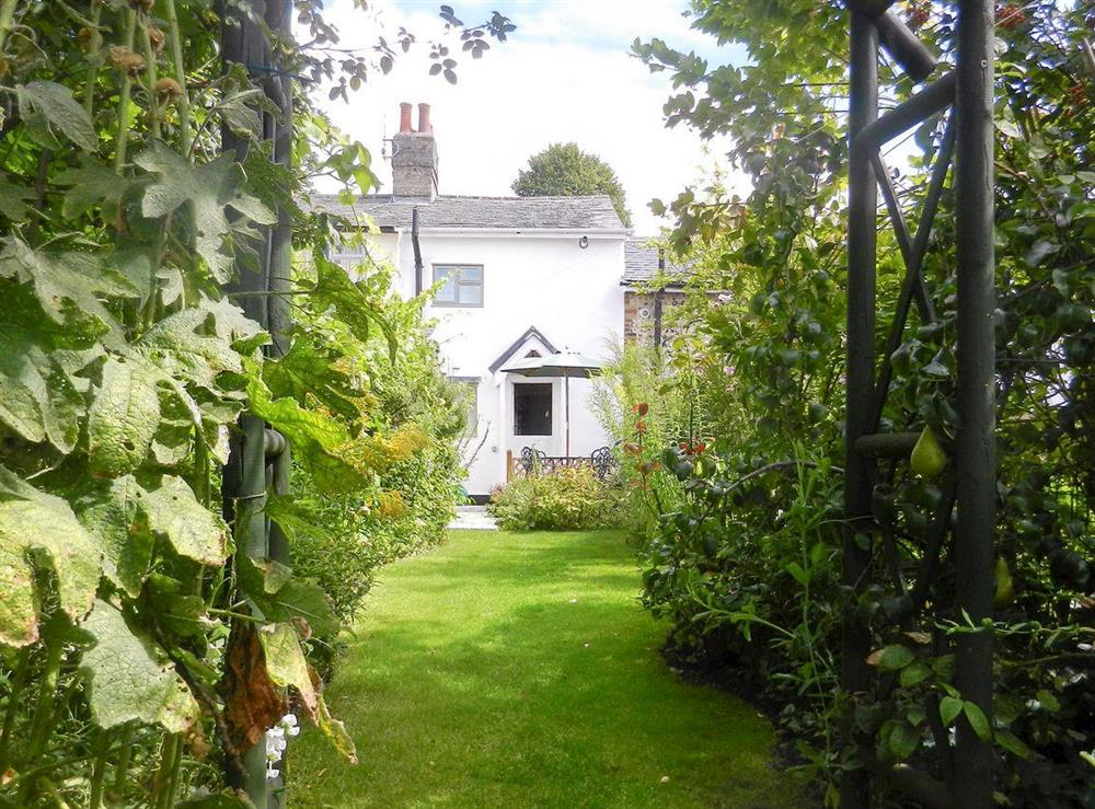 Immaculately presented cottage at Rose Cottage in Saffron Walden, Essex