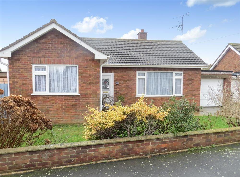 Lovely detached bungalow at Rosies in Heacham, near Hunstanton, Norfolk