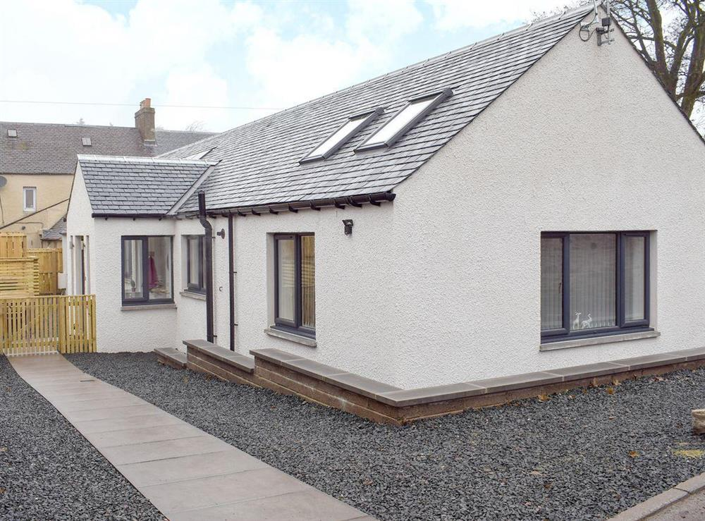 Delightful holiday home at Rossie Cottage in Auchterarder, near Gleneagles Village, Perthshire