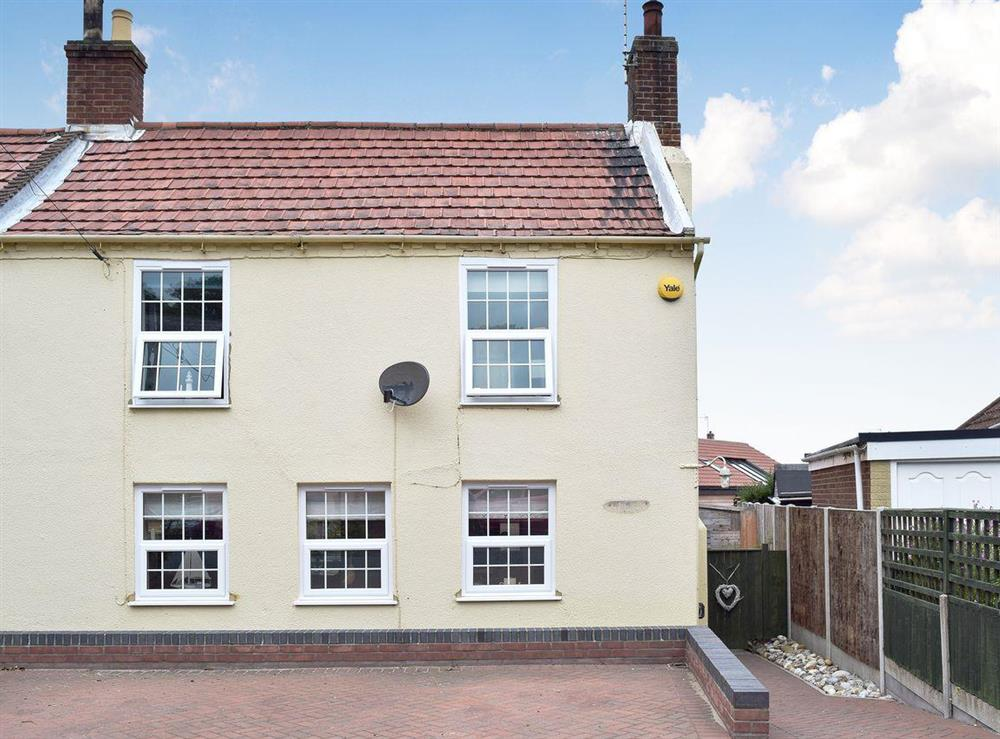 Exterior at Ruby Gem in Winterton-on-Sea, near Great Yarmouth, Norfolk