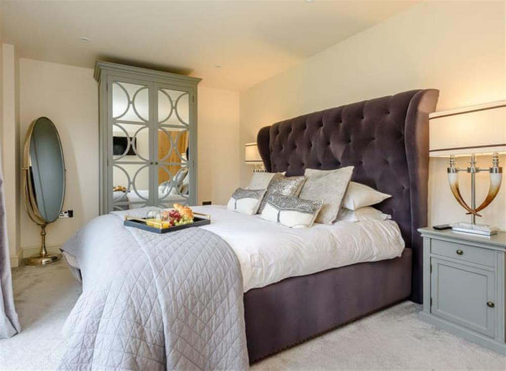 Peaceful double bedroom at Deer View Cottage,