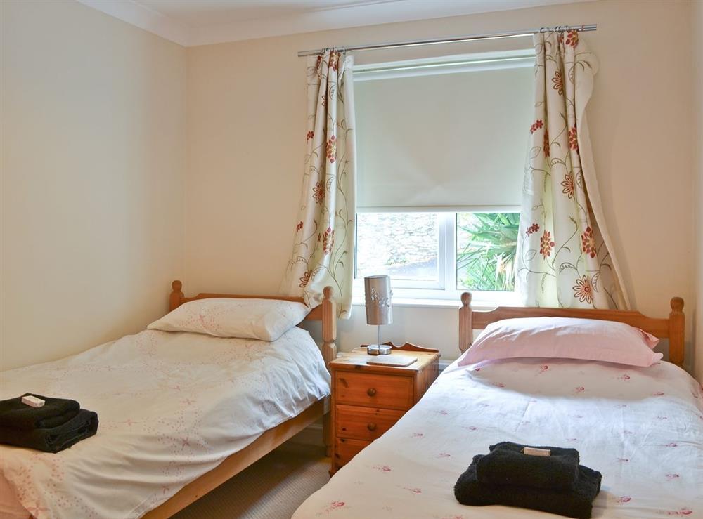 Twin bedroom at Samphire in Brixham, Devon