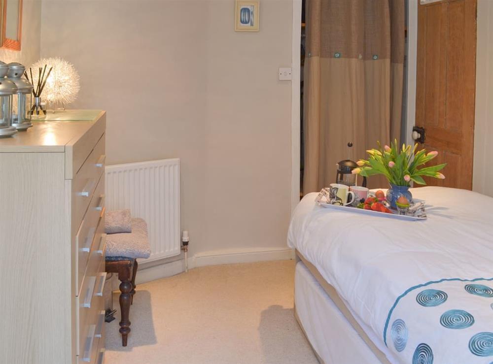 Single bedroom (photo 2) at Samphire Cottage in Brixham, Devon