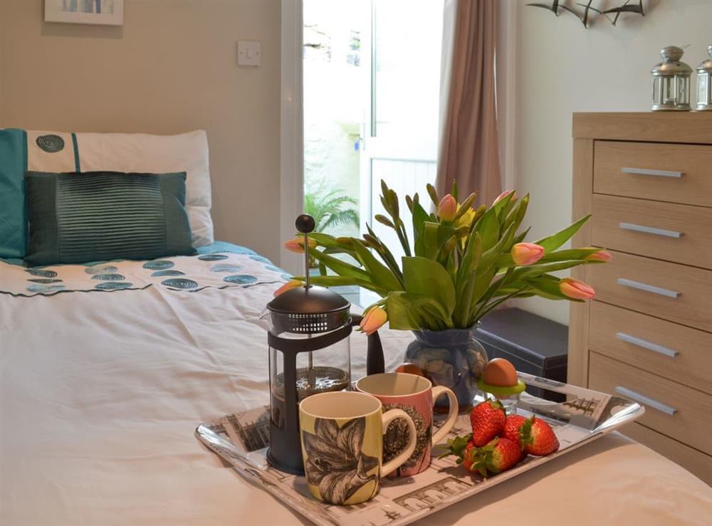 Single bedroom at Samphire Cottage in Brixham, Devon