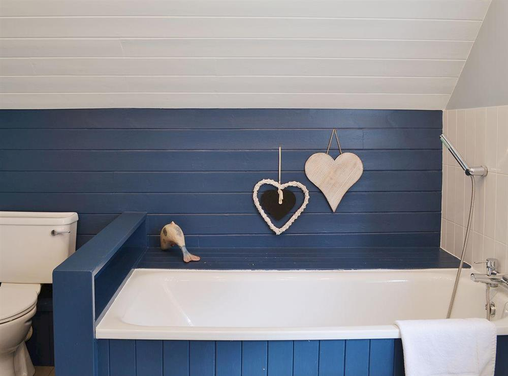 Bathroom at Sandalls Marsh in Saxlingham Thorpe, Norfolk