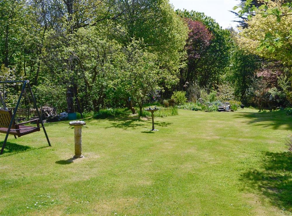 Lawned garden area at Sawmill Cottage in Portpatrick, Dumfries & Galloway, Wigtownshire