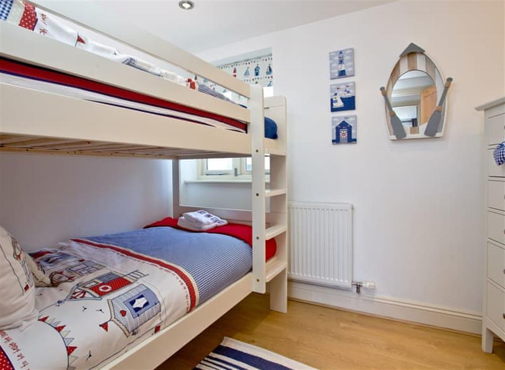 Bunk bedroom at Sea Gem in Endsleigh Court, Dartmouth
