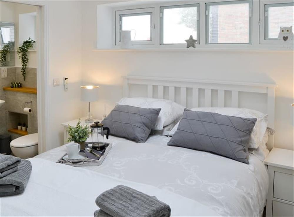 Peaceful double bedroom at Seabreeze in Walcott, Norfolk