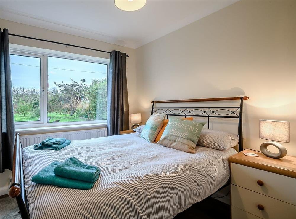 Double bedroom (photo 2) at Seaclusion in Happisburgh, Norfolk