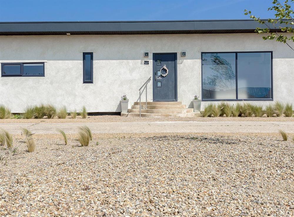 Fantastic holiday home (photo 2) at Seaglass Barn (Sand),