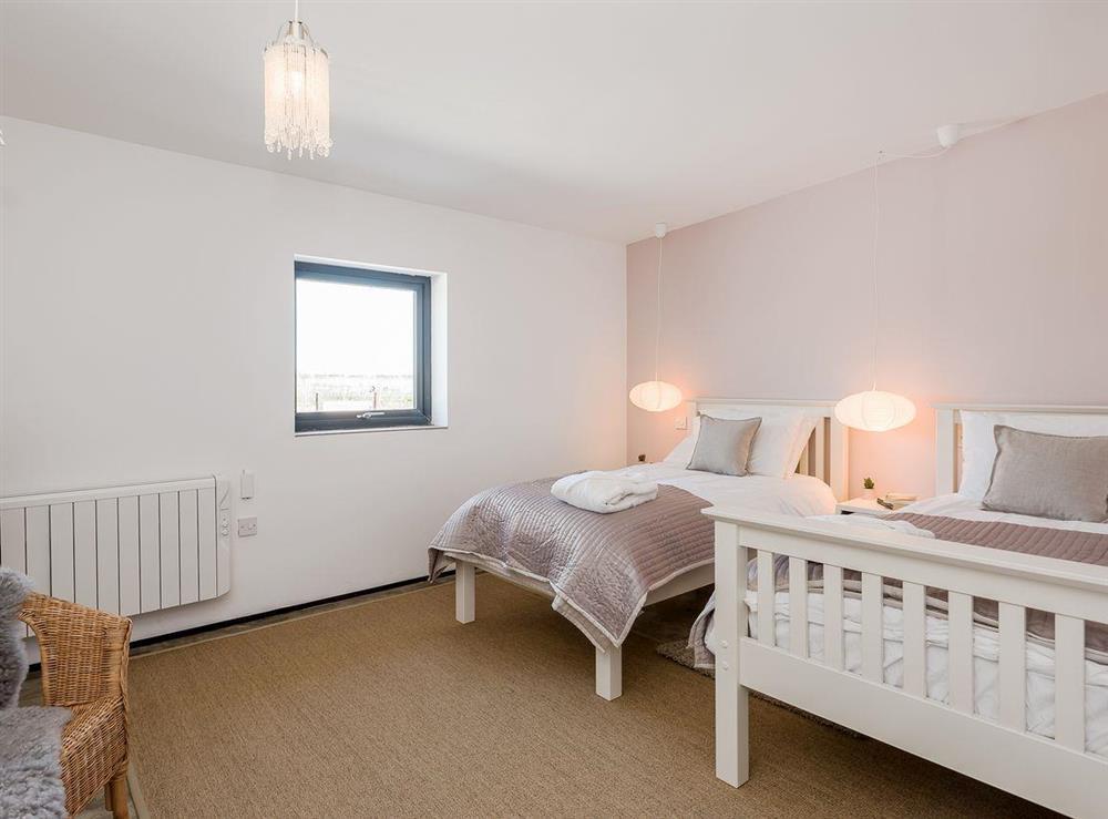 Spacious, comfortable twin bedroom (photo 2) at Seaglass Barn (Sand),