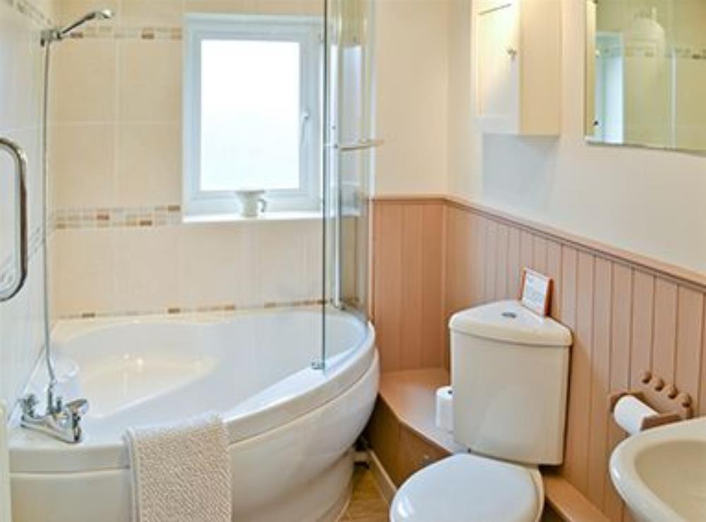 Bathroom at Jennys Cottage,