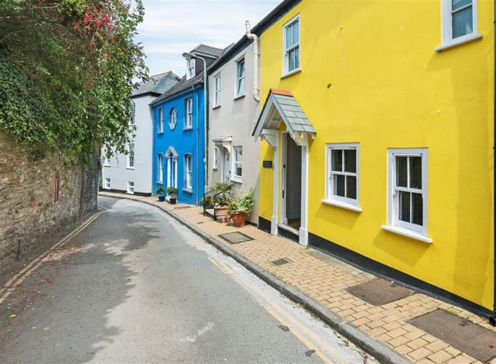 Attractive holiday home at Seaview in Dartmouth, Devon