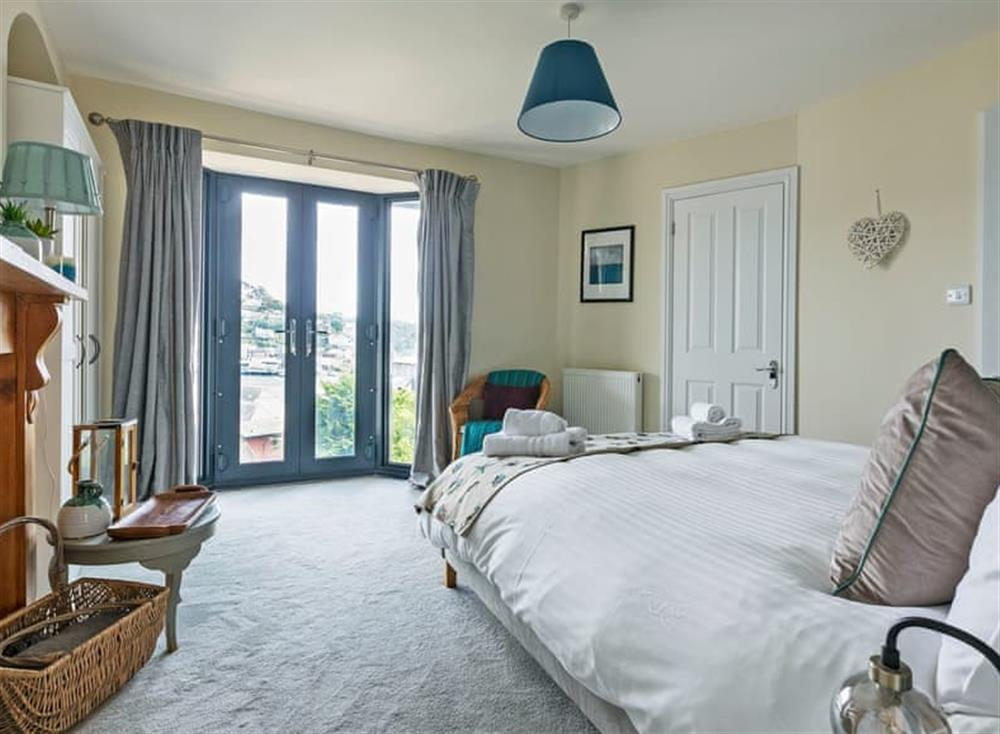 Charming double bedroom (photo 2) at Seaview in Dartmouth, Devon