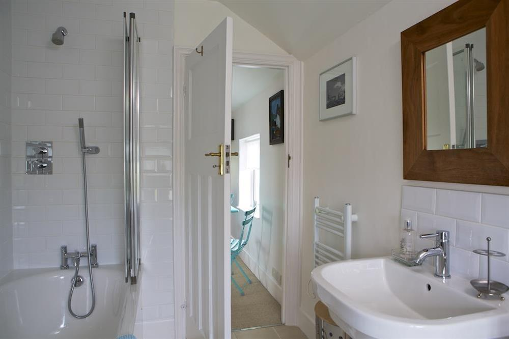 First floor family bathroom at Seaway House in , Strete