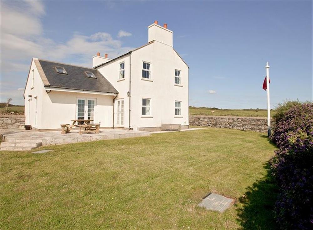 Sheerghlass is a detached property