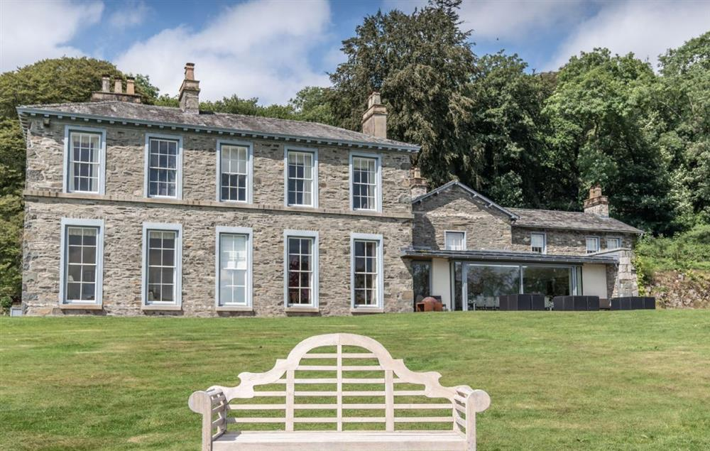 An elegant and opulent manor house that puts you in one of the best locations in the Lake District