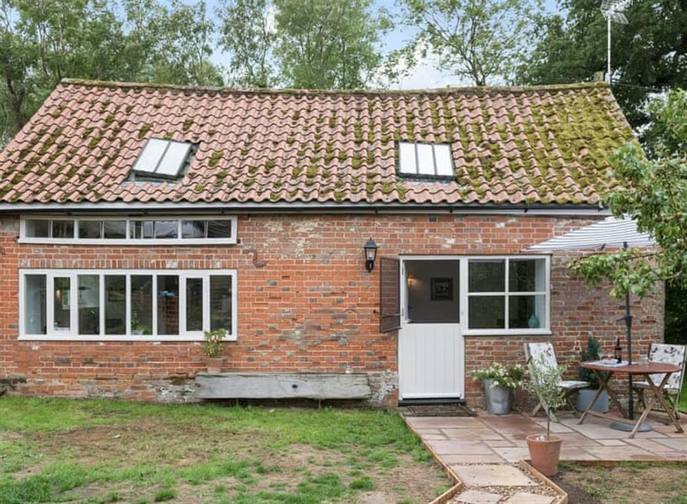 Lovingly converted detached dairy at Simpers Drift in Great Glenham, near Framlingham, Suffolk