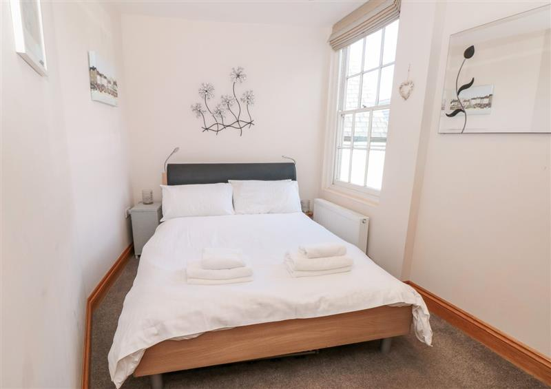 One of the 2 bedrooms at Simples, Dartmouth