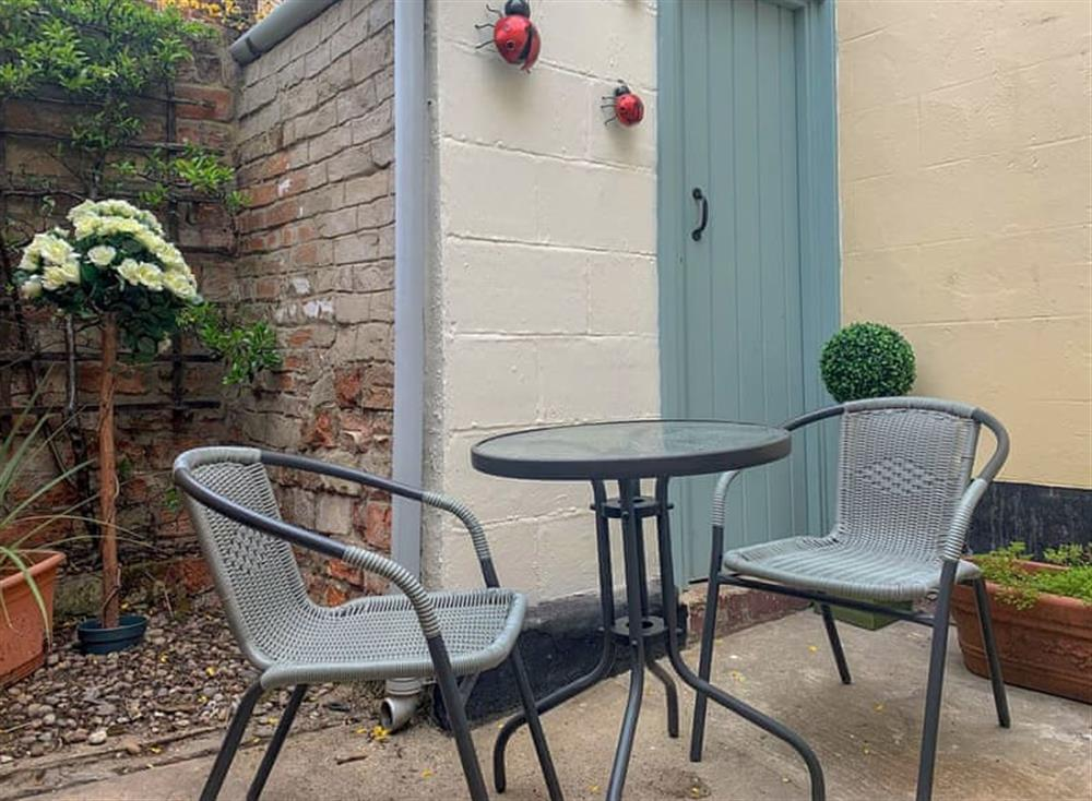 Sitting-out-area at Skippings in Beccles, Suffolk