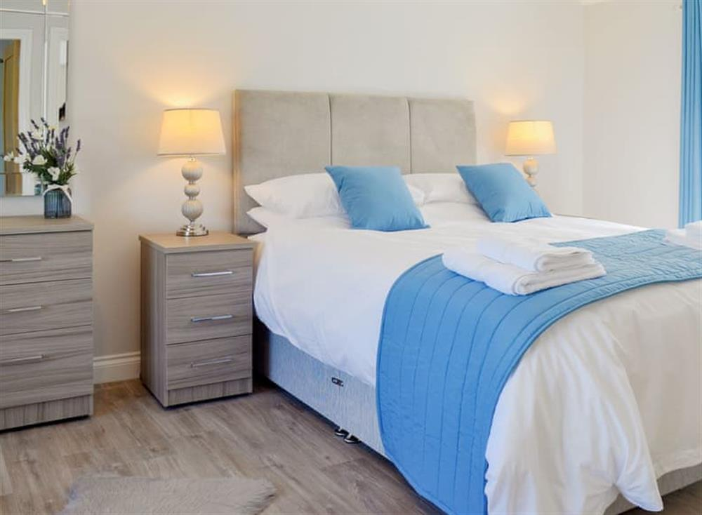 Attractive double bedroom at Smithfield House in Tarbolton, near Ayr, Ayrshire