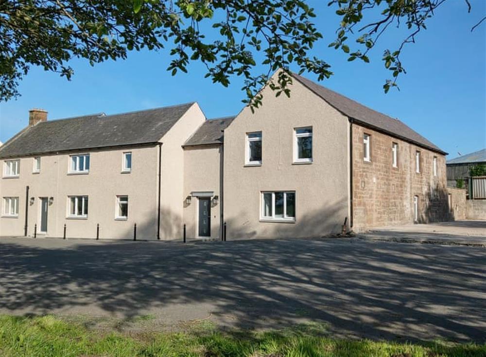 Spacious, detached farmhouse at Smithfield House in Tarbolton, near Ayr, Ayrshire