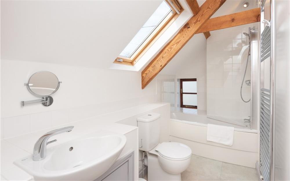 The second floor bathroom at Solstice, Blackawton