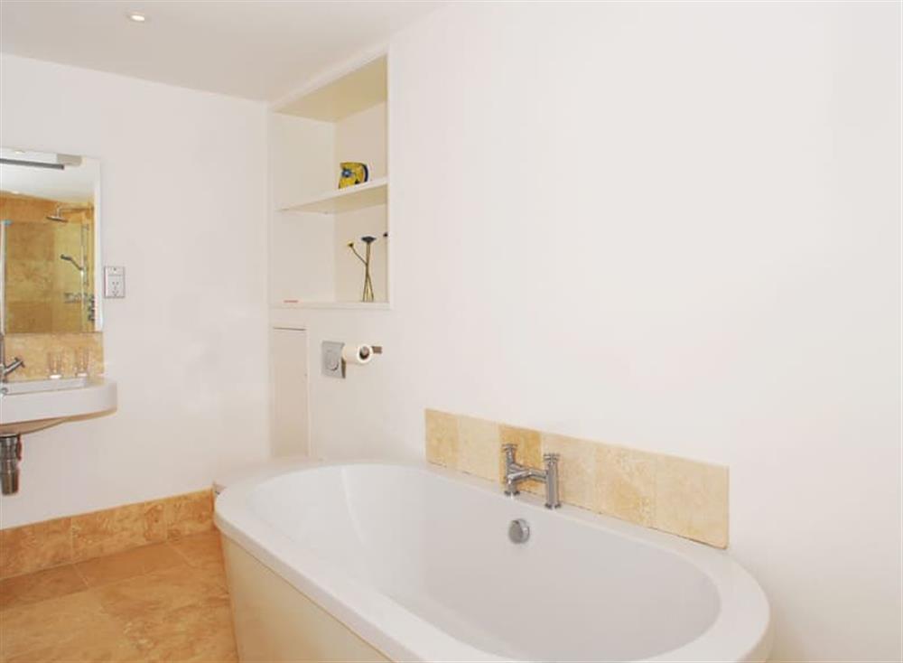 Bathroom at Solstice in South Devon, Dartmouth & Kingswear