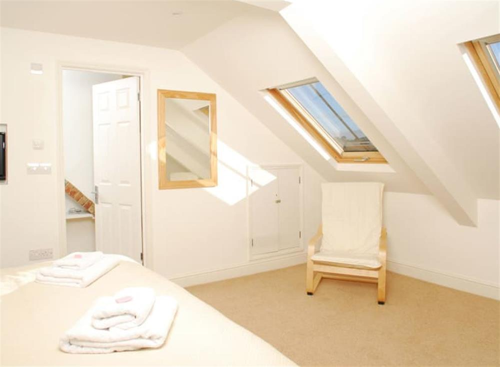 Double bedroom (photo 2) at Solstice in South Devon, Dartmouth & Kingswear