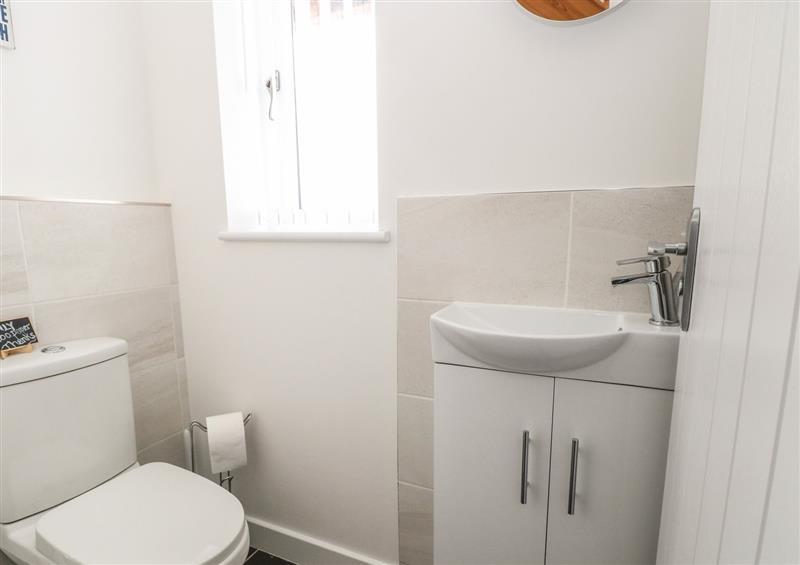 Bathroom at Spinneys Den, Knapton