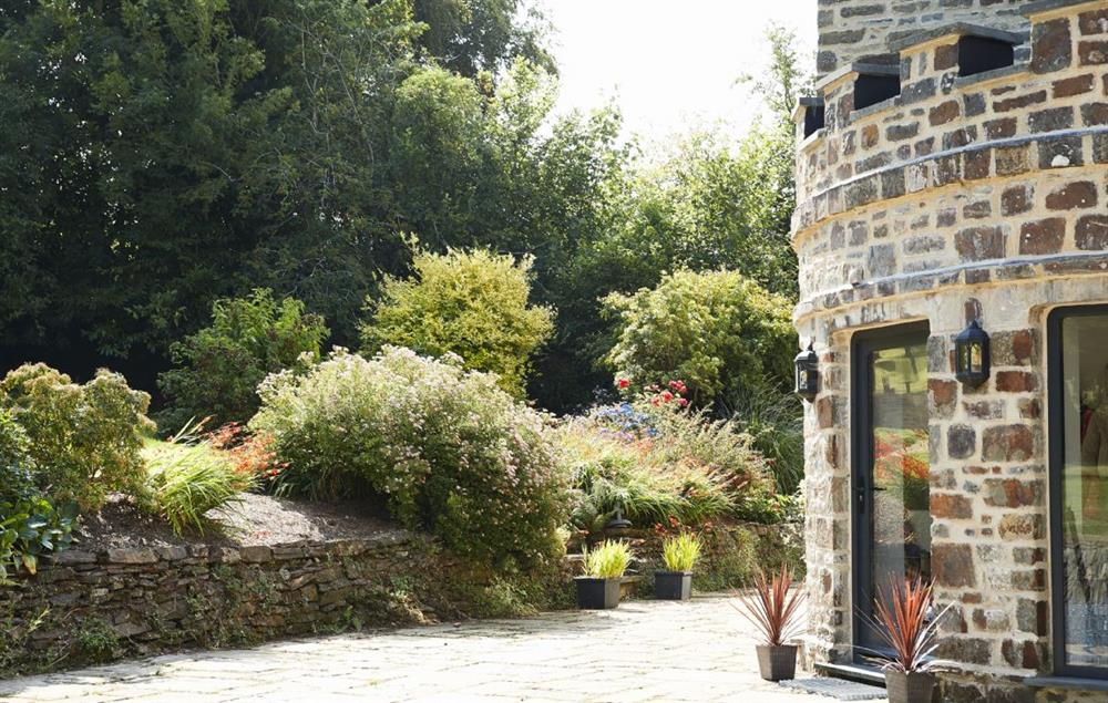 Built on the site of a 6th century chantry, this is a peaceful and special holiday retreat
