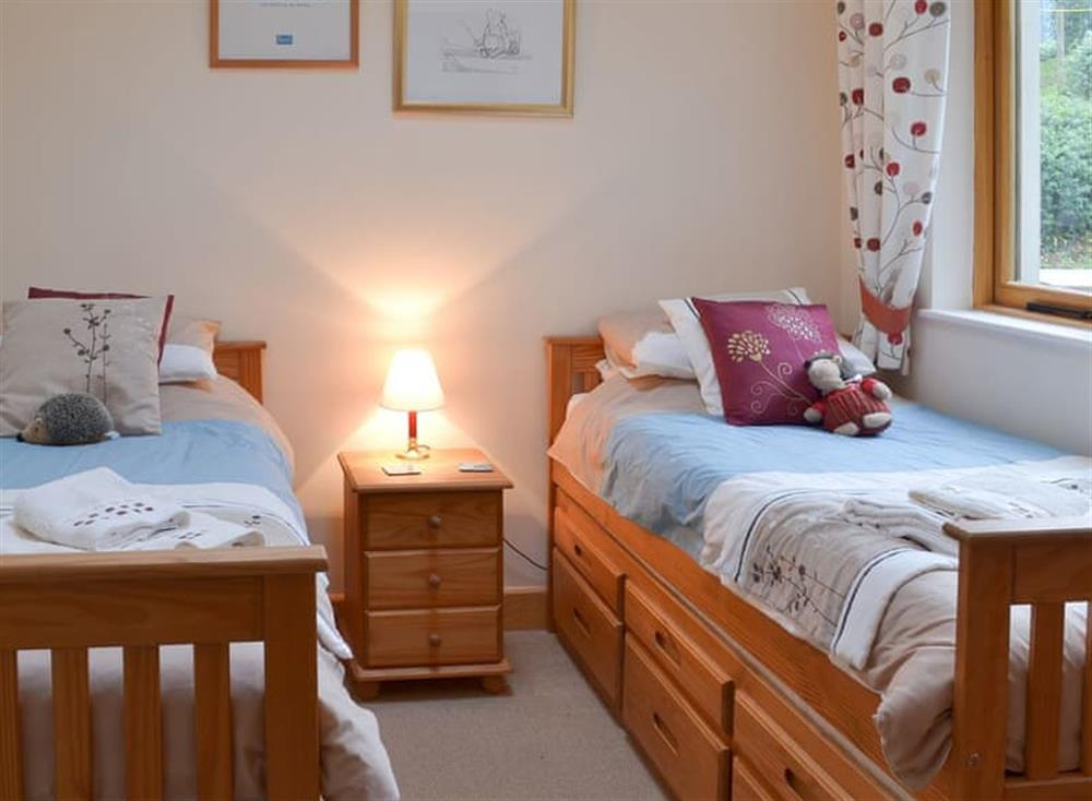 Lovely twin bedded room at Stable Barn in Hendham, near Kingsbridge, Devon