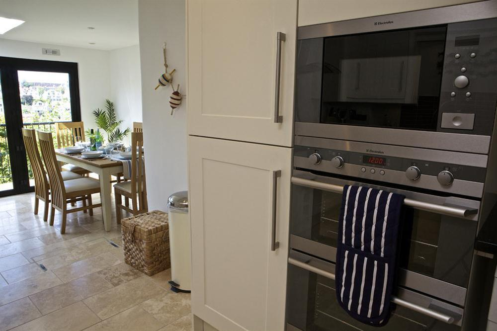 Stylish kitchen at Starfish Cottage in 40 Crowthers Hill, Dartmouth