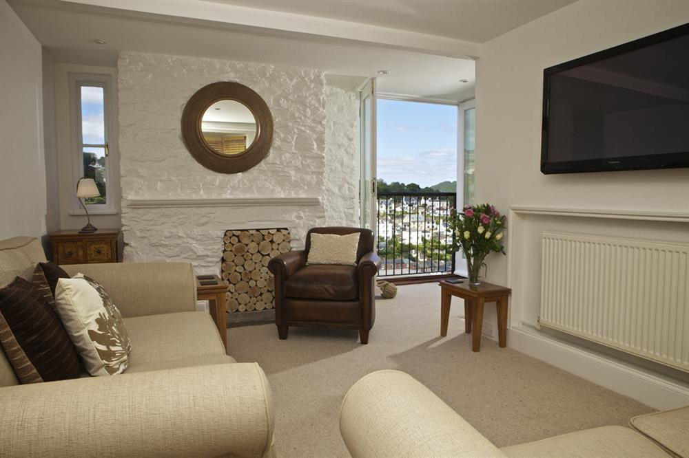 Tastefully furnished living area at Starfish Cottage in 40 Crowthers Hill, Dartmouth