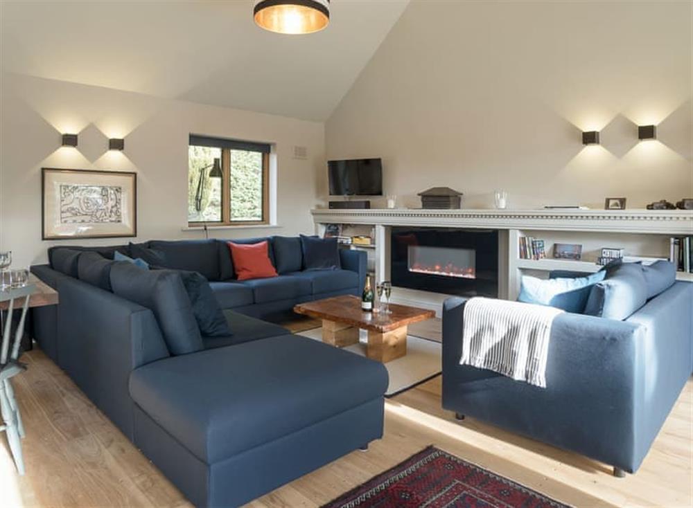 Stunning open plan living space at Station Lodge in Stretton-on-Fosse, near Moreton-in-Marsh, Warwickshire