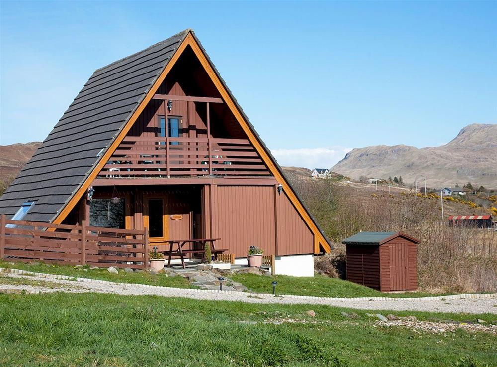 Attractive holiday home in outstanding location at Comraich,