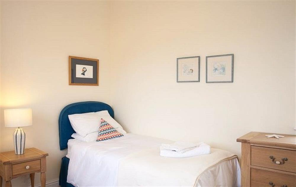 Ground floor:  Single bedroom with 3' bed at Stella, Nash Point Lighthouse