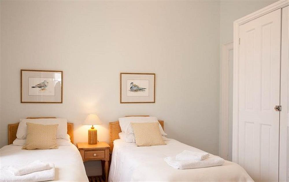 Ground floor:  Twin bedroom with 3' beds at Stella, Nash Point Lighthouse