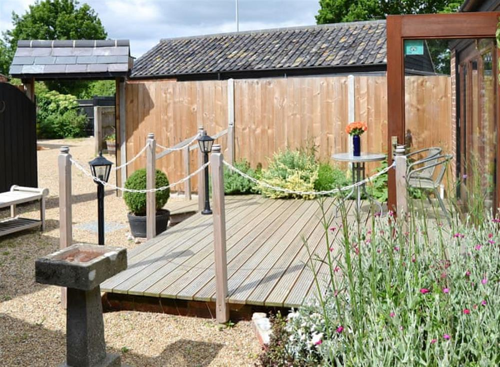 Well-maintained patio area at Courtyard Barn,