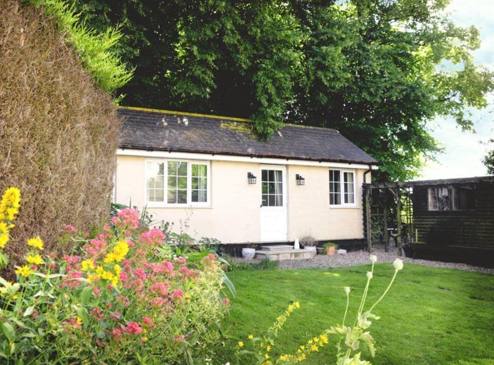 Charming holiday home at Stones Cottage in Ormesby, near Great Yarmouth, Norfolk