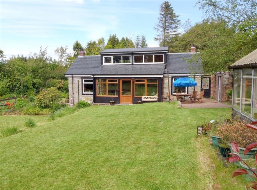 Exterior at Stonylea Cottage in Cumbernauld, Lanarkshire