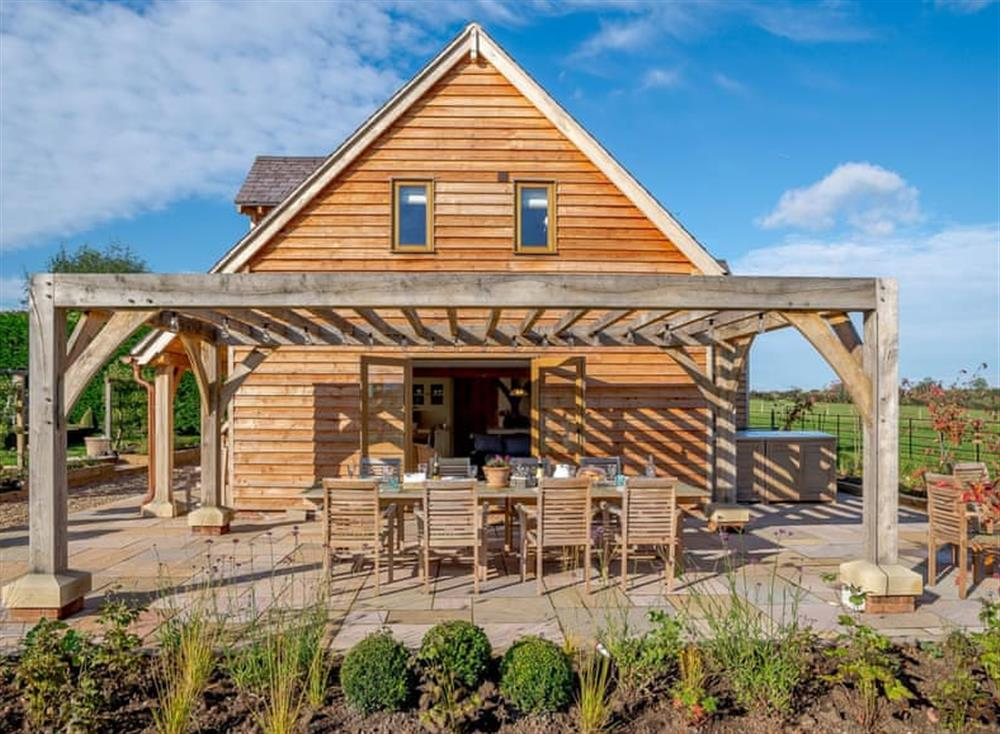 Outstanding holiday home with French doors to the patio area