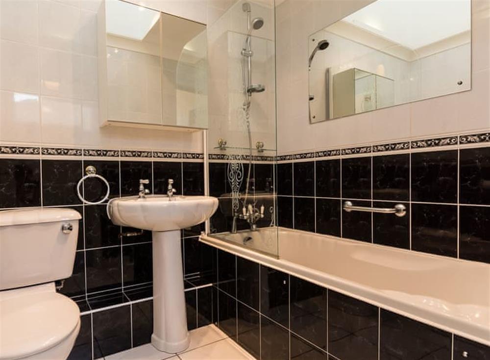 Bathroom at Sundeck in Brixham, South Devon