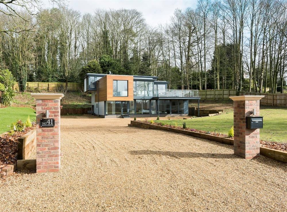 Impressive, detached holiday property at Sunnybank in Coltishall, near Wroxham, Norfolk, England