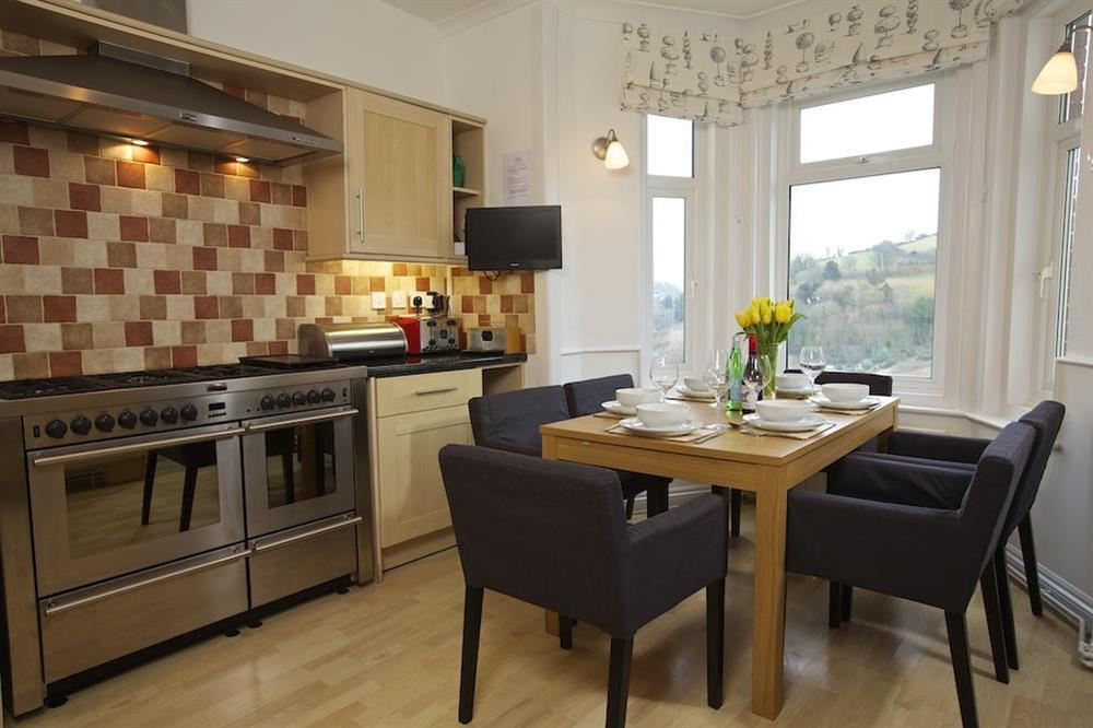 Kitchen dining room with double range cooker at Sunnyside in , Dartmouth